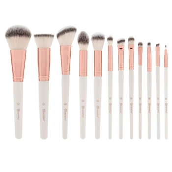 rose_romance_brush_set_group_1